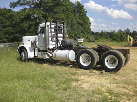 1981 peterbilt tractor truck w o sleeper 359 for sale