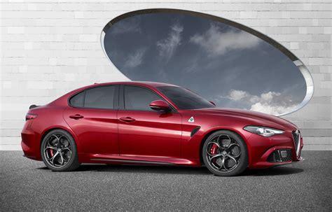 Quadrifoglio Alfa Romeo 2016 Alfa Romeo Giulia Quadrifoglio Breaks Cover Www