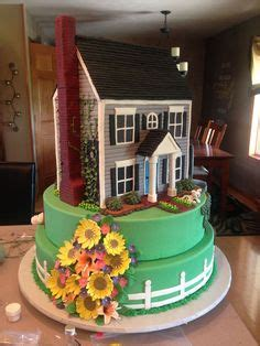 house cake design 1000 images about cakes shaped like houses and buildings on pinterest house cake gingerbread