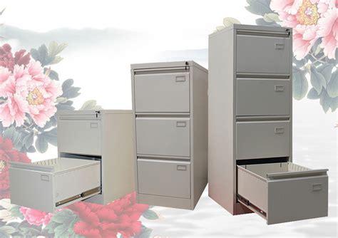 Kunci Pintu Lemari Besi Filing Cabinet File Merek Asli 100 besi 4 laci gantung besar banyak perabot kantor lemari arsip dengan kunci bar buy product on