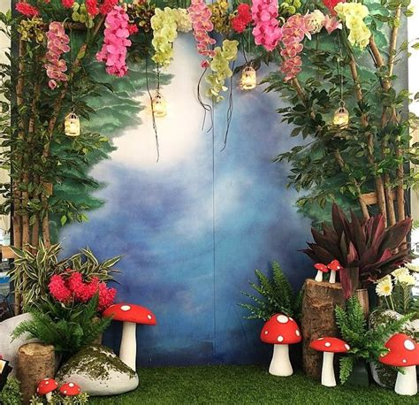 tinkerbell photo booth layout tinkerbell theme photo booth tinker bell sweet