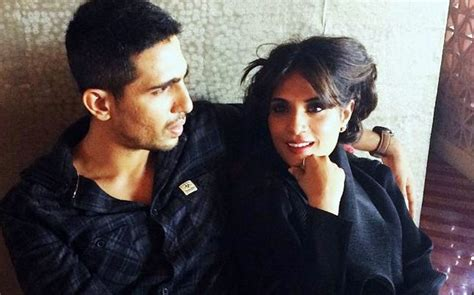 richa chadda cricket movie revealed richa chadda s first look in cabaret bollywood