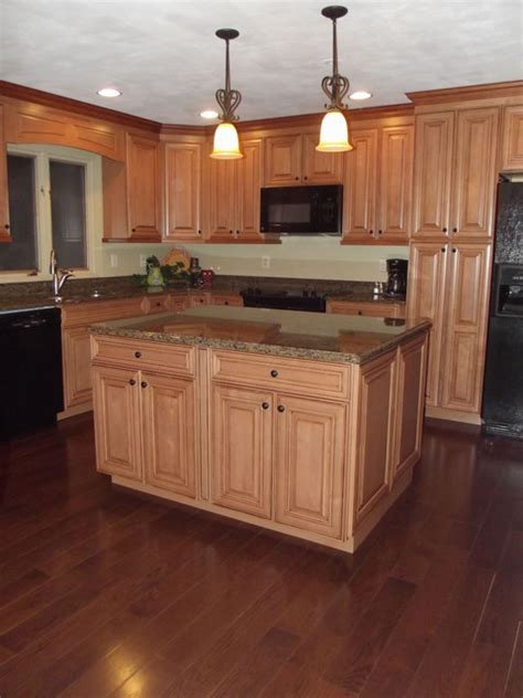 maple glaze cabinets kitchen maple spice with mocha glaze cabinets and tropical tan granite traditional chicago