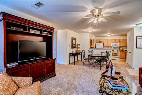 The Centre Apartments Clarksville Tn Reviews Autumn Winds Clarksville Tn Apartment Finder