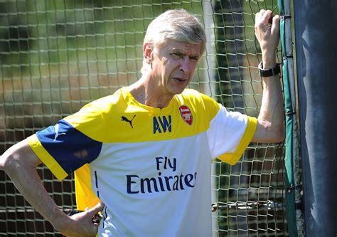 Kaos Bola Arsenal Indonesia jersey arsenal kuning 2015 jual jersey latihan