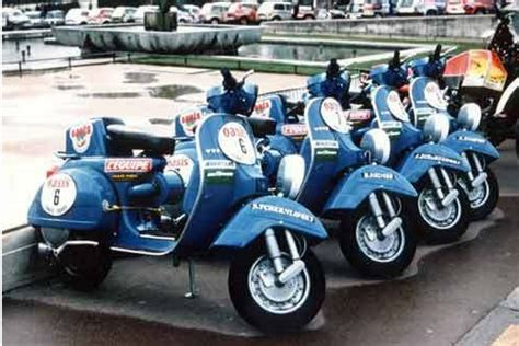 handle racing px by marvel vespa the 1980 dakar from the handlebars of a vespa