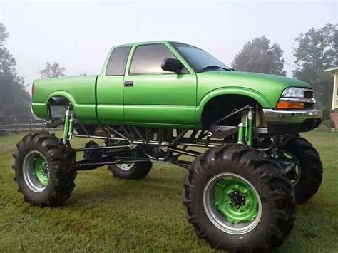 s10 mud truck chevy s10 mega mud truck road and 4x4