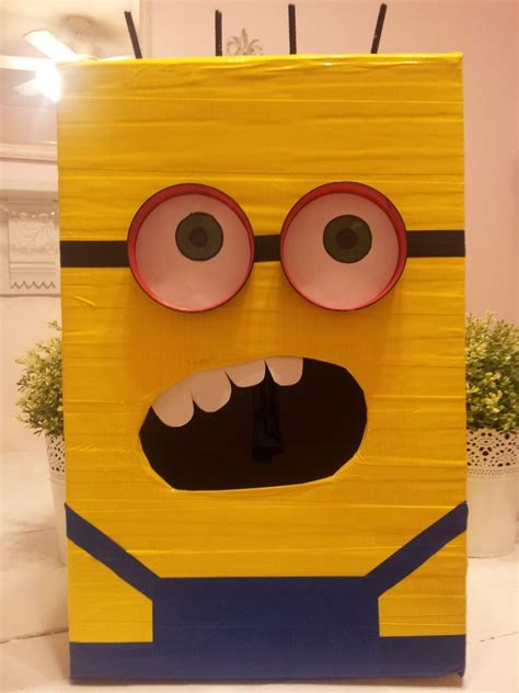how to make a minion valentines day box despicable me minion valentines day box