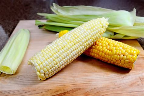 how to cook frozen corn on the cob in the husk