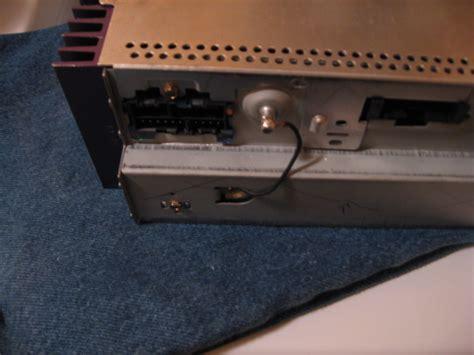 auxiliar input on stock radio