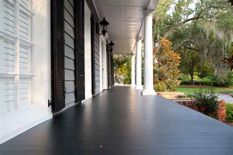 Windfang Flur by Aeratis Traditions Aeratis Porch Flooring