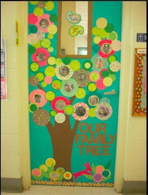 25 best ideas about preschool welcome door on door decorations classroom back to