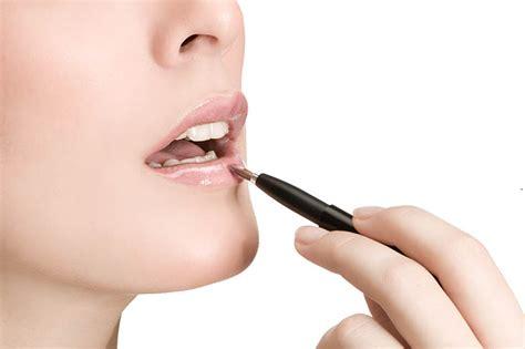Lipgloss Caring file prestige cosmetics jpg wikimedia commons