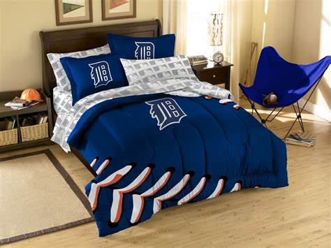 Detroit Tigers Comforter by Bed Sheets