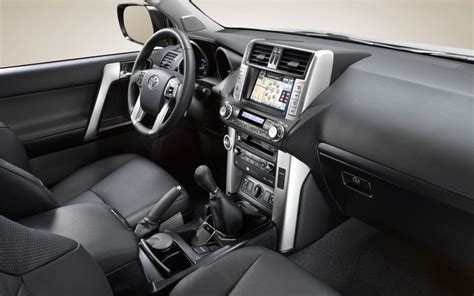 2010 toyota land cruiser features the best cars collections