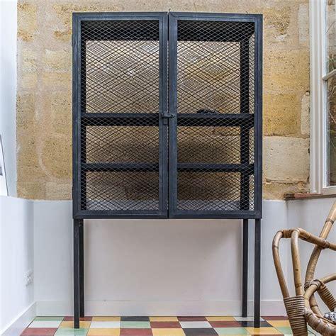 deco industrielle pas cher 1903 bibliotheque metal noir the gallery for amadeus meme