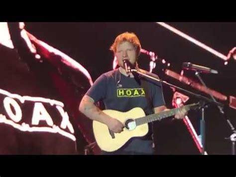 ed sheeran zurich concert ed sheeran divide tour live z 252 rich 2017 youtube