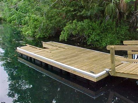 How To Build A Wooden Dock Crib by 25 Best Ideas About Floating Dock On Floating