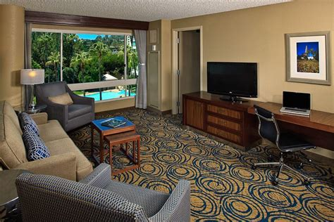 cheap rooms in san diego doubletree by san diego mar cheap hotel rooms at discounted price at cheaprooms 174