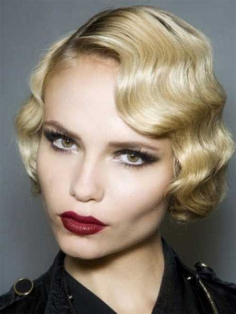 short 20s style curl 50s hairstyles ideas to look classically beautiful