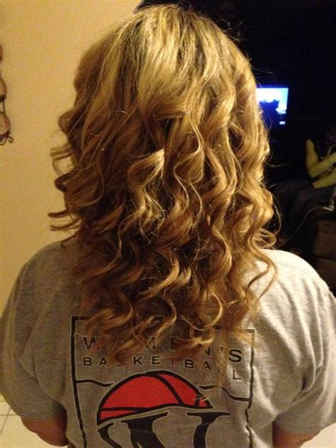 cute wand hairstyles cute hairstyles for medium length curly hair medium