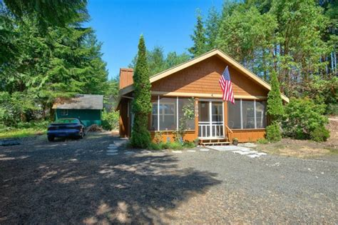 728 sq ft cabin in shelton wa for sale