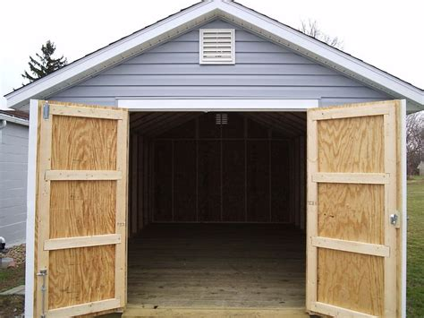 pin  deere shed