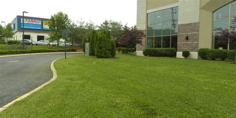 Home Turf by Commercial Maintenance Home Turf Yard And Home Maintenance