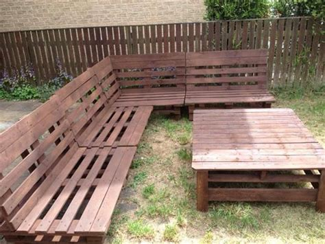 instructions for pallet couch best 25 pallet sectional ideas on pinterest