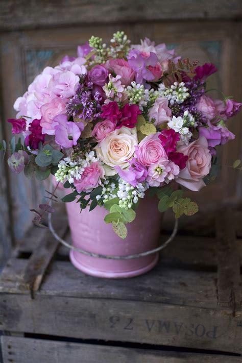 kleine familienzimmer möbel arrangement plus de 25 des meilleures id 233 es de la cat 233 gorie bouquets