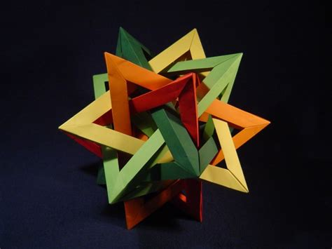 Tetrahedra Origami - five intersecting tetrahedra