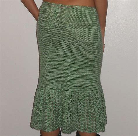 pattern skirt pinterest hip hugging crochet skirt pattern via 20 popular free