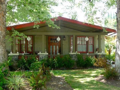 bungalow neighborhoods bungalow heaven a historic neighborhood in pasadena