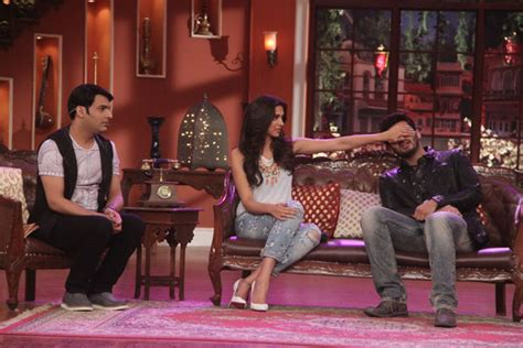 comedy nights with kapil on the sets the times of india finding fanny cast deepika padukone and arjun kapoor on