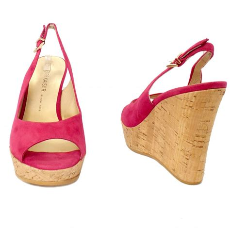 riga wedge sandals in pink suede