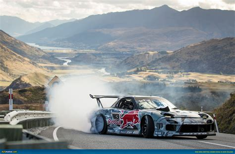 mad mike rx7 ausmotive com 187 video sideways on new zealand s crown range
