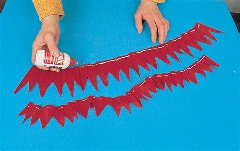 fiori di carta crespa istruzioni come fare fiori di carta la dalia bricoportale fai da