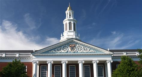 Hbs Mba Ranking by Harvard Tops U S News World Report S Best Business
