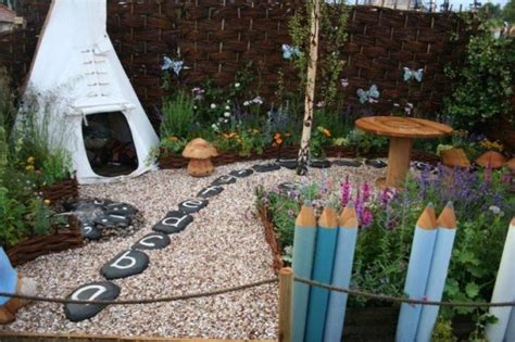 child friendly backyard 20 beautifully creative backyard garden ideas