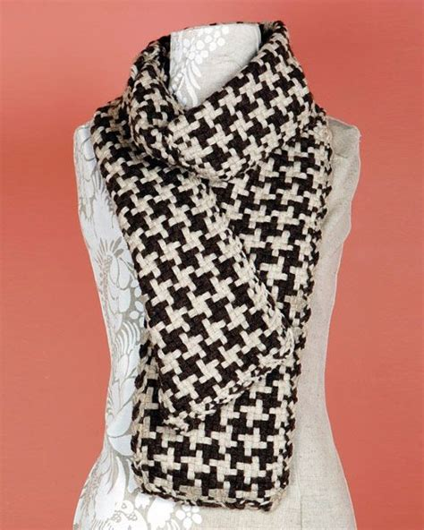 houndstooth knit pattern easy brand fishermen s wool loom woven houndstooth scarf