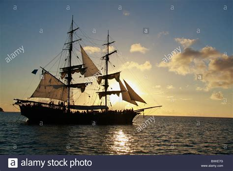 eighteenth century boats sunset cruise on the brig unicorn 18th century style