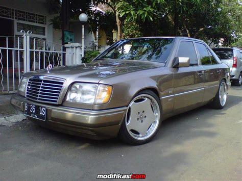 Mercedes W124 Spiral Belakang mercedes mercy w124 300e thn 1990 mt