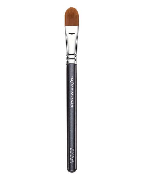 Concealer Brush soft concealer brush 144 by zoeva
