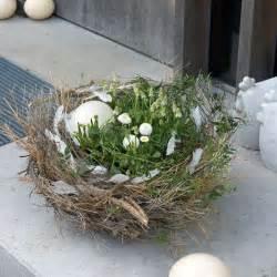 oster dekoration osterdeko osternest mit fr 252 hlingsblumen in wei 223