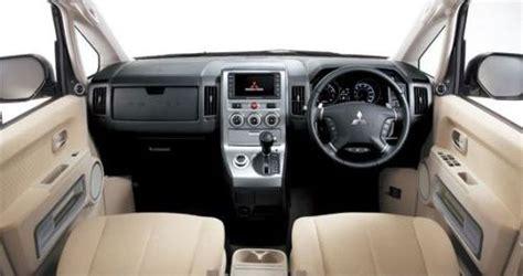mitsubishi delica interior mitsubishi delica d5 cv5w petrol and cv1w diesel 4wd