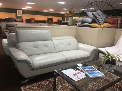divani e divani outlet divano vama divani prezzi outlet