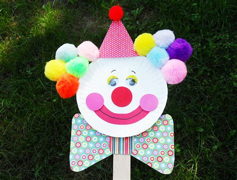 Clown Paper Plate Craft - clown puppet on a stick paper plate clown ganz parent club