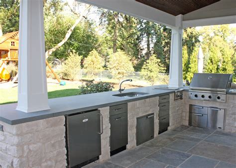 outside porch rear porch outdoor kitchen traditional porch chicago by kipnis architecture planning