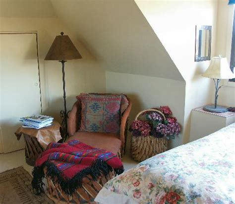 how to cool upstairs bedrooms cozy cool reading nook upstairs room picture of tubac