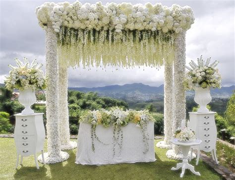 Wedding Burgundy Bandung by 10 Tempat Resepsi Pernikahan Outdoor Di Bandung Infobdg